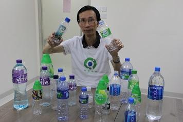 曾偉希望政府能在政策層面着手,以改善回收業的經營環境,令更多人願意入行。