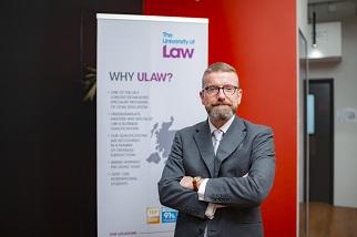 ULaw香港分校已正式投入運作及設有專業團隊,並得到英國總部全力支援。