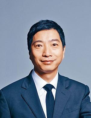 香港管理專業協會市場推銷研究所舉辦的「傑出推銷員獎」(DSA)地位舉足輕重,被譽為「業界奧斯卡」,每年均令業界人士引頸以待。
